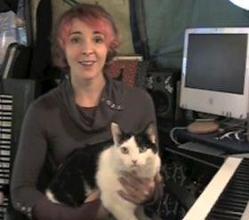 बिल्ली का बच्चा मूल वीडियो: बिल्लियों, सरह डोनर शैली के साथ यात्रा